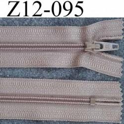 fermeture zip à glissière longueur 12 cm couleur marron clair beige non séparable largeur 2.5 cm glissière nylon  zip du 4 mm