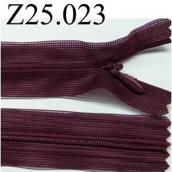 fermeture éclair 25 cm couleur bordeau invisible non séparable zip nylon