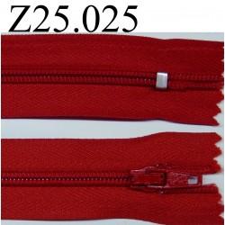 fermeture éclair 25 cm couleur rouge non séparable zip nylon