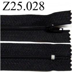 fermeture éclair  25 cm couleur noir non séparable zip nylon