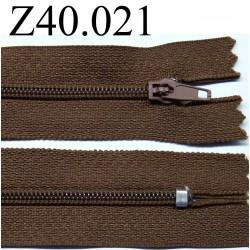 fermeture éclair longueur 40 cm marron non séparable zip nylon largeur 2.5 cm