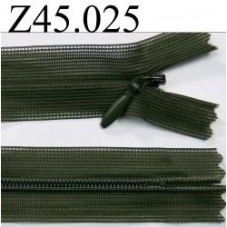 fermeture éclair invisble longueur 45 cm couleur vert kaki non séparable zip nylon largeur 2.5 cm