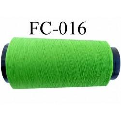Cone de fil mousse texturé polyester fil n° 120 couleur vert tirant sur le fluo  longueur du Cone 5000 mètres bobiné en France