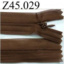 fermeture éclair invisble longueur 45 cm couleur marron non séparable zip nylon largeur 2.5 cm