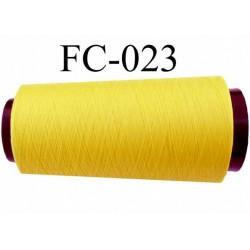 Cone de fil mousse polyester texturé fil n° 120 couleur jaune cone de 2000 mètres bobiné en France