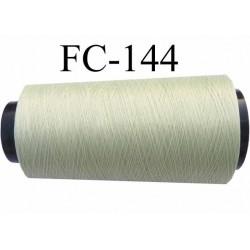 Cone  de fil mousse polyamide fil n° 100 / 2 couleur vert clair longueur du cone 1000 mètres bobiné en France