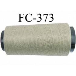 Cone  de fil mousse polyester fil n° 120 couleur vert kaki clair  longueur du cone 2000 mètres bobiné en France