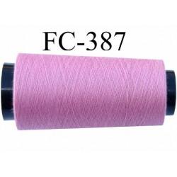 Cone de fil n° 120 polyester couleur rose  longueur de la bobine 5000 mètres bobiné en France