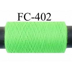 Bobine de fil  polyester  fil n°120 couleur vert fluo longueur de 200 mètres bobiné en France