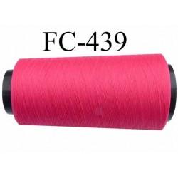 Cone de fil mousse  polyester texturé fil n° 165 couleur rose fushia tirant sur le fluo longueur 2000 mètres bobiné en France