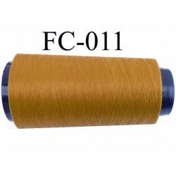 Cone de fil mousse texturé polyester fil n° 120 couleur jaune moutarde ou caca d'oie longueur 2000 mètres bobiné en France