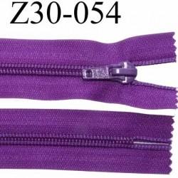 fermeture zip à glissière  longueur 30 cm couleur violet non séparable zip nylon largeur 3,2 cm largeur du zip 6.5 mm